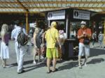 Reus installs a new tourist information point at the bus station